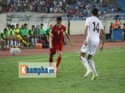 Bóng đá Việt Nam - Tuyển Việt Nam đấu Thái Lan: Dùng nhu chế cương