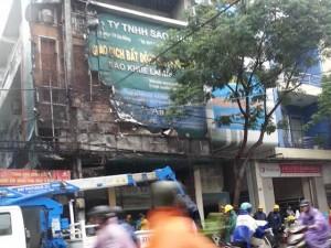 Tin tức Việt Nam - Đà Nẵng: Cháy nổ vang trời giữa mưa lớn