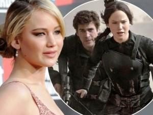 Jennifer Lawrence bị phân biệt giới tính khi trả cát-xê