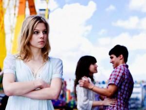 Bạn trẻ - Cuộc sống - 8 điều ngọt ngào của các cặp đôi khiến FA ghen tị