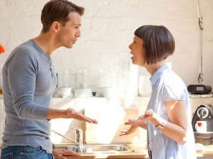 Tình yêu - Giới tính - Vợ chồng lục đục vì chuyện mua quà tặng cô ngày 20.10