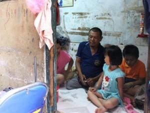 Tin tức trong ngày - Sống trong những căn nhà tí hon ở Sài Gòn
