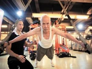 Tin tức trong ngày - TQ: Cụ ông 93 tuổi mê tập thể hình