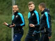 """Bóng đá - Cup C1: Arsenal tự tin làm Lewandowski """"tắt điện"""""""