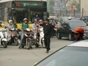 Video An ninh - Xử lý gần 1.000 vi phạm trong ngày đầu CSCĐ xuống đường
