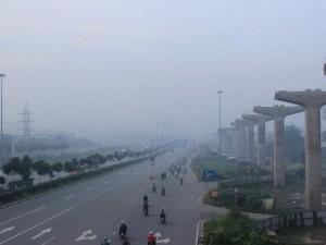 Tin tức trong ngày - Sài Gòn bồng bềnh trong sương mù dày nhất từ đầu năm