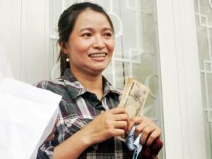 Ngày mai,  triệu phú  ve chai nhận lại hơn 1 triệu Yên