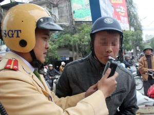 """Tin tức trong ngày - 11 tháng, CSGT Hà Nội phạt """"ma men"""" hơn 2,3 tỷ đồng"""