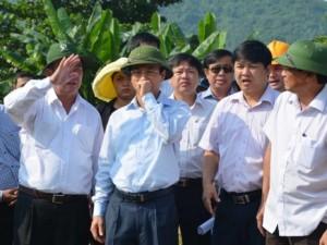 Tin Đà Nẵng - Tân Bí thư Đà Nẵng thị sát bãi rác gây ô nhiễm nặng