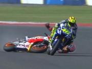 Thể thao - Scandal MotoGP: Rossi đạp đổ xe Marquez để về đích