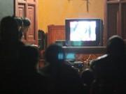 Tin tức trong ngày - Chuyện lạ ở thung lũng người Thái: 600 người 1 tivi