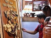 Tin tức Việt Nam - Ngắm bản đồ Việt Nam được trang trí bằng 70 loại gỗ