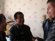 Bạn trẻ - Cuộc sống - Em dâu chăm sóc anh chồng khuyết tật suốt 22 năm