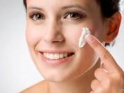 Sức khỏe đời sống - 8 cách ngăn ngừa tróc da vào mùa lạnh