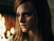 Emma Watson đột phá ấn tượng với phim kinh dị  nặng đô