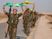 """Thế giới - Vẻ đẹp của """"những đóa hồng gai"""" cầm súng chống IS"""