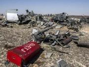 Dấu hiệu bị đánh bom trên mảnh vỡ máy bay Nga xấu số