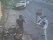 An ninh Xã hội - Bắt 3 nghi phạm hành hung chủ tiệm bánh mỳ