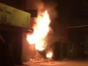 Tin tức trong ngày - Hà Nội: Cháy cửa hàng, chủ nhà vẫn ngủ say trên tầng 2