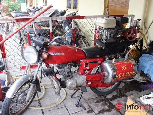 Cận cảnh xe chữa cháy siêu nhỏ, lần đầu xuất hiện ở Hà Nội - 13