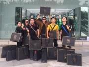 """Thời trang - Tín đồ Việt ngập trong """"chiến lợi phẩm"""" Balmain x H&M"""