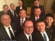 """Tỉ phú Jack Ma chụp ảnh """"tự sướng"""" cùng Tổng thống Pháp"""