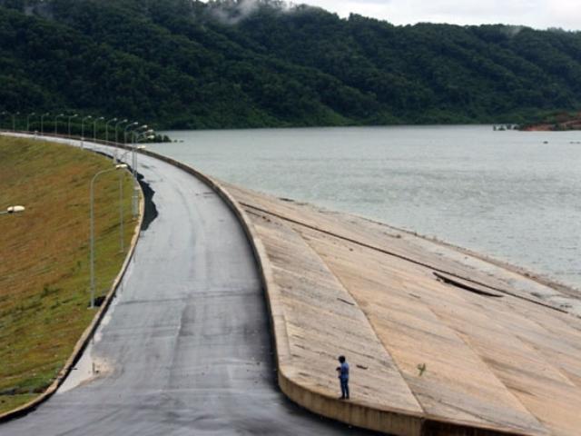 Chuyên gia hiến kế cứu đập hồ Núi Cốc chỉ với 5 tỉ đồng/ha - 2