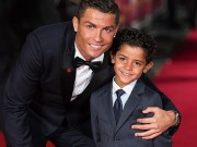 Rocker Phạm Anh Khoa gặp siêu sao Ronaldo tại London