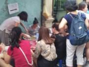 Thị trường - Tiêu dùng - Hà Nội: Phải xếp hàng cả tiếng mới được ăn bún ngan