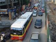 """Tin tức trong ngày - """"Đổi lộ trình, người dân sẽ hết mặn mà với xe buýt"""""""
