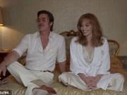 Giải trí - Angelina Jolie có cảm giác lạ khi đóng cảnh nóng cùng chồng