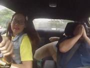Thể thao - Mỹ nhân làng đua khiến giáo viên dạy lái hú vía