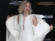 """Phim - Đả nữ """"Hunger Games"""" phóng khoáng trên thảm đỏ lễ ra mắt"""