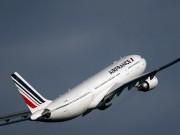 Thế giới - 2 máy bay Pháp hạ cánh khẩn cấp vì bị đe dọa đánh bom