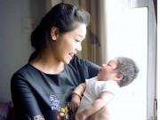 Nhật Kim Anh không còn muốn giấu hình ảnh con trai