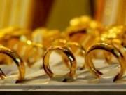 Tài chính - Bất động sản - Giá vàng hôm nay (19/11) tăng nhẹ, tỷ giá USD neo sát trần