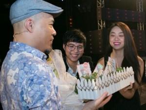 Ca nhạc - MTV - Nhạc sĩ Huy Tuấn xúc động trước tình cảm của Trọng Hiếu, Cát Tường