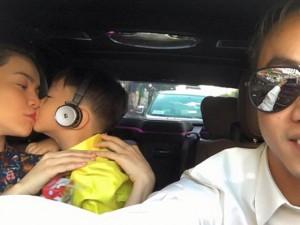 Sao ngoại-sao nội - Facebook sao 20/11: Quốc Cường khoe gia đình hạnh phúc
