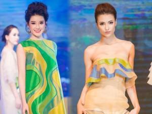 Thời trang - Hồng Quế gợi cảm catwalk với váy lụa xuyên thấu