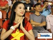 """Tin bên lề bóng đá - Fan âu lo và vỡ òa khi U21 Việt Nam 4 lần """"ra đòn"""""""