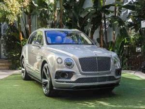 Ô tô - Xe máy - Bentley Bentayga đầu tiên tại Triển lãm Los Angeles