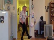 Bóng đá - Cụ bà 90 tuổi tâng bóng chẳng kém thanh niên