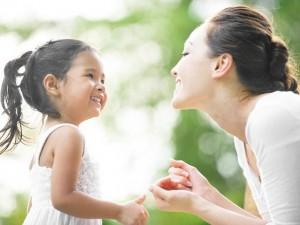 Bạn trẻ - Cuộc sống - Nghị lực của nữ sinh Ngoại thương mang bầu với bạn cùng lớp