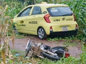 Tin tức trong ngày - Taxi tông chết cô gái mang thai 9 tháng
