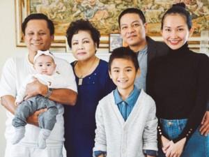 """Xúc động trước """"tâm thư"""" của Kim Hiền nhân dịp Lễ tạ ơn"""