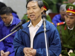 An ninh Xã hội - Nộp 3/4 số tiền tham ô, Dương Chí Dũng có thoát án tử?