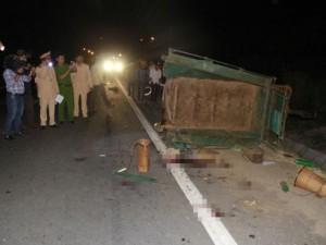 Tin tức trong ngày - Tai nạn giao thông thảm khốc, 5 người tử vong