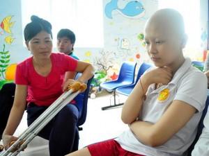 Tin tức trong ngày - Nghẹn lòng những ước mơ của bệnh nhi ung thư