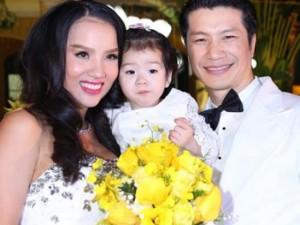 Đời sống Showbiz - 3 em bé may mắn được dự đám cưới bố mẹ trong Vbiz
