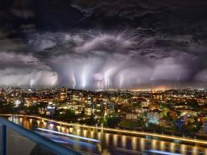 Thế giới - Bầu trời như tận thế vì hàng nghìn tia sét ở Australia